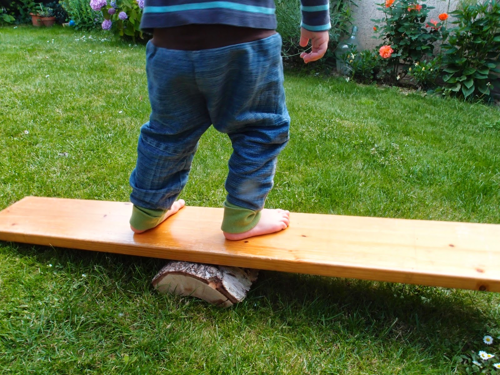 Rebelle upcycling bewegungsspiel aus altholz for Altholz look selber machen