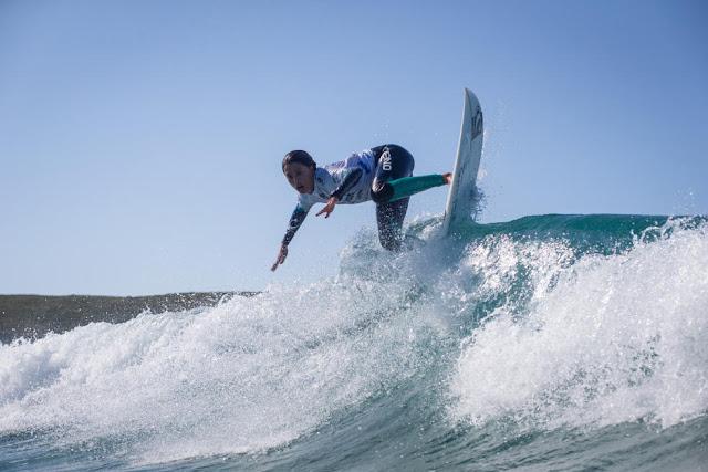 32 Malia Manuel HAW Pantin Classic Galicia Pro 2015 Foto WSL
