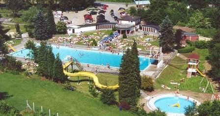Les piscines de li ge la piscine mon repos malmedy li ge for Piscine wanze