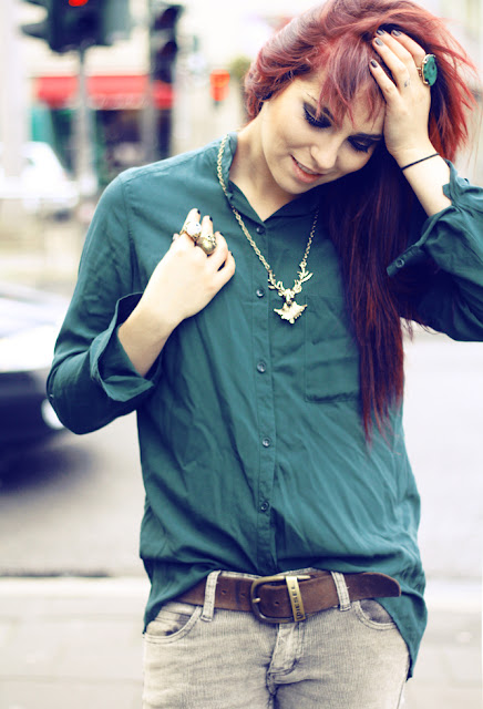 green blouse masha sedgwick cord hose cheap monday weekday pony rote haare