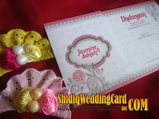 http://www.shidiqweddingcard.com/2016/01/paket-undangan-rayya-lily-312-dan.html