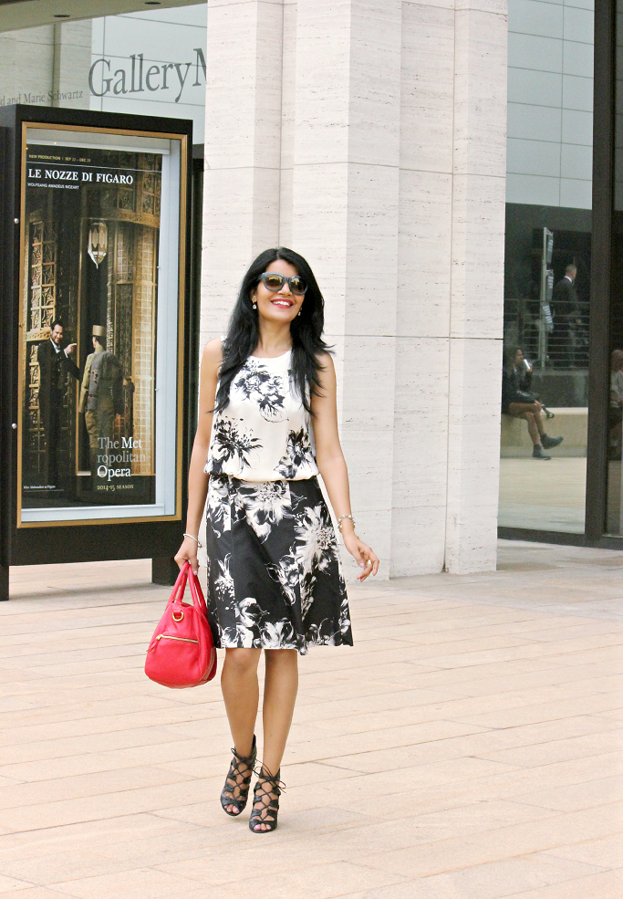 Brushstroke Dress, Black & White Floral Dress, NYFW Street Style, Ann Taylor Party Dress, Lace up Booties, Vince Camuto Sandals