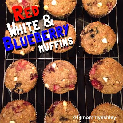 muffins, clean eating, sugar free, healthy, healthy muffins, fourth of july recipes, kid friendly, snacks, strawberries, blueberries, flax, patriotic, 4th of july treats, festive muffins, breakfast, whole grain, cupcakes, holiday, red white and blue, Ashley Roberts, coach, beachbody