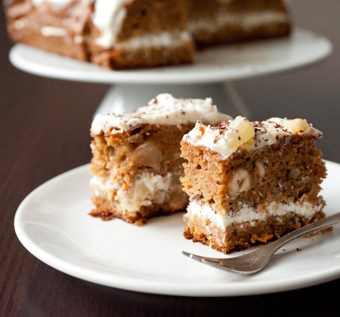 Orkiszowe ciasto marchewkowe