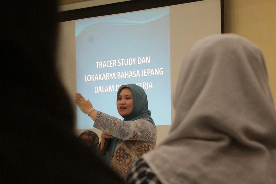Belajar Siap Menghadapi Dunia Kerja Bersama Alumni