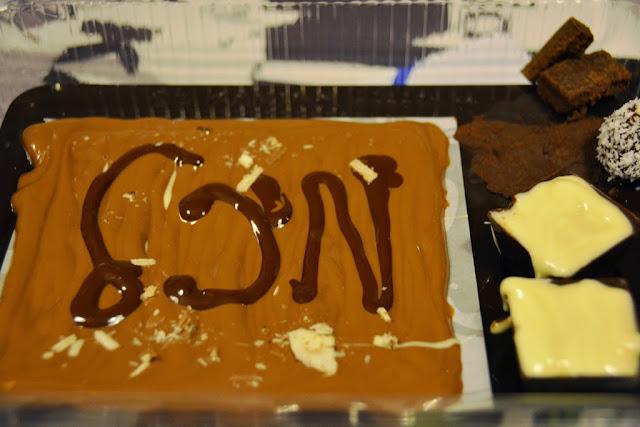 יצירה בשוקולד chocolate creation