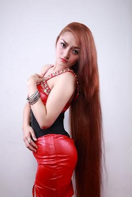 siti+badriah Foto Hot, Biodata dan Profil Siti Badriah Musisi Pendatang Baru