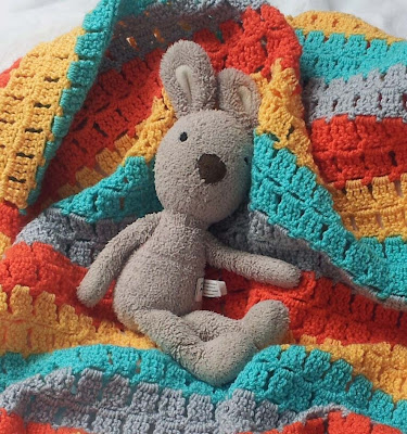 great crochet baby blanket, unique baby gift, buggy blanket crochet pattern