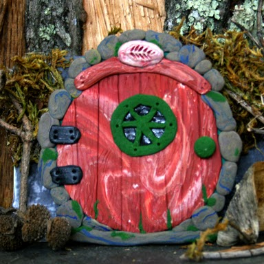 Round Fairy Door - Carol Marion