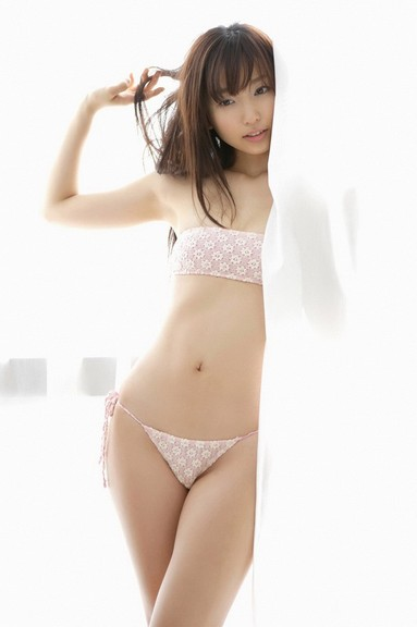 Risa Yoshiki Sexy Bedroom