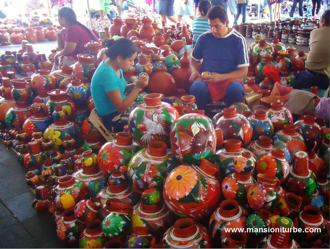 Tianguis Artesanal de Domingo de Ramos en Uruapan