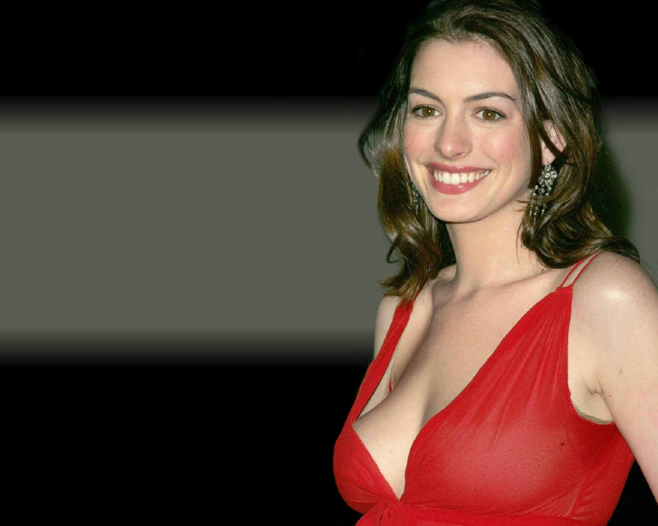 Pictures Of Anne Hathaway Naked 6