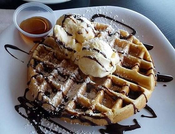 Resep Waffle Enak dan Lembut, Praktis Meski Tanpa Cetakan