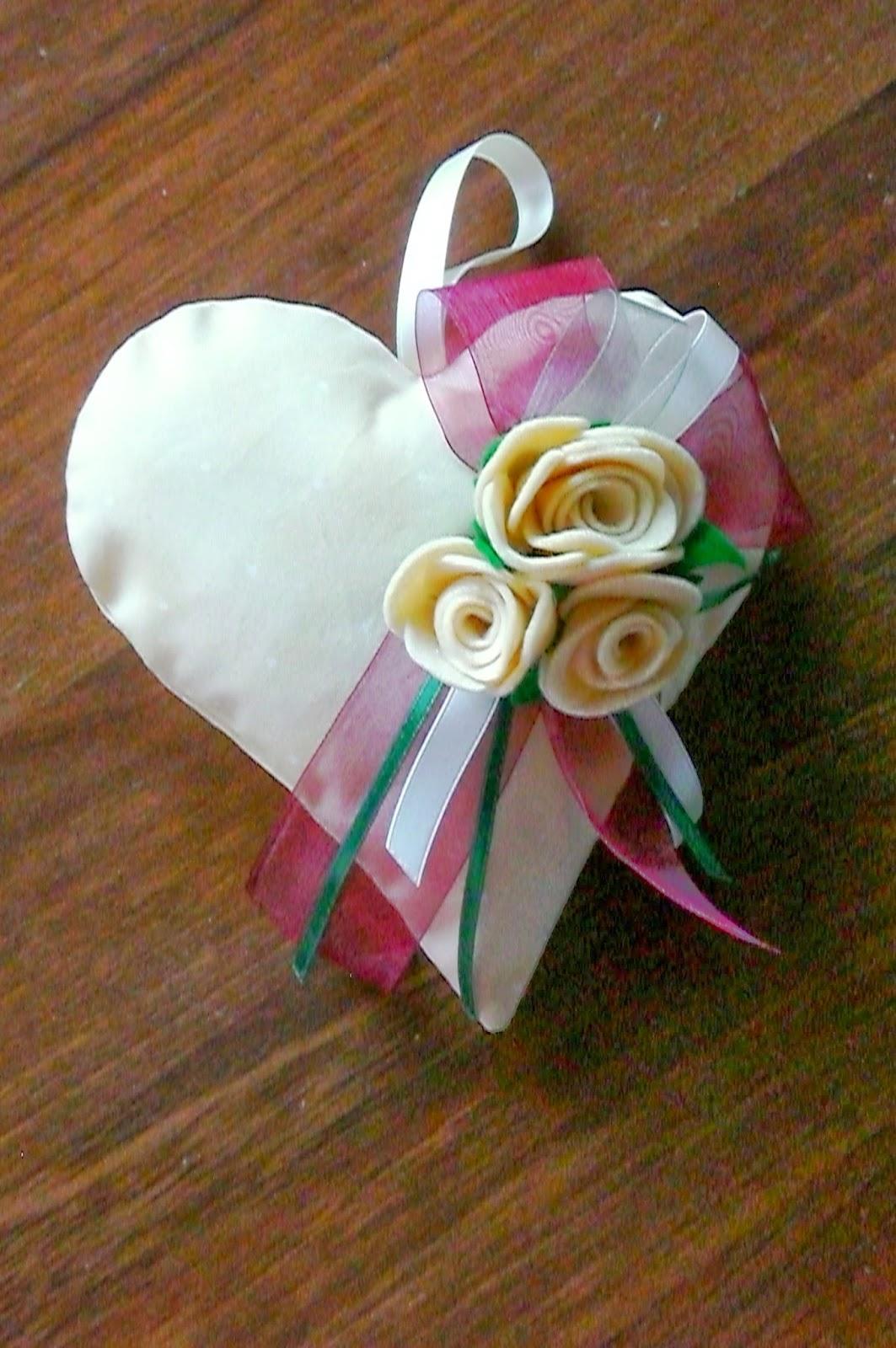 rose feltro cuore