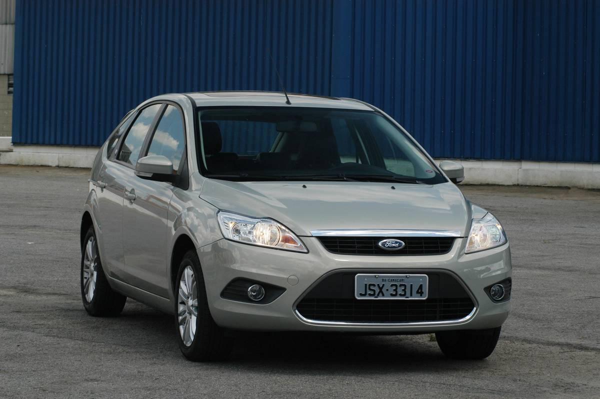 Ford vende focus hatch e fiesta sedan com taxa zero car blog br carros