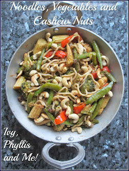 NOODLES, VEGETABLES AND CASHEW NUTS