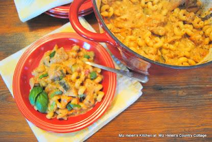 One Pot Garden Pasta with Chicken