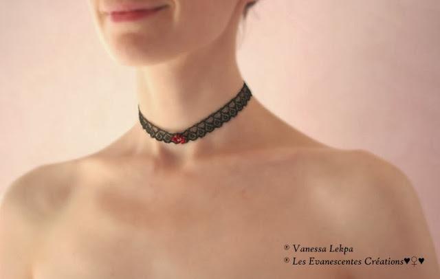 collier sexy lingerie victorien corset dentelel noire cristaux rouge ruby sexy sur mesure haut de gamme haute couture