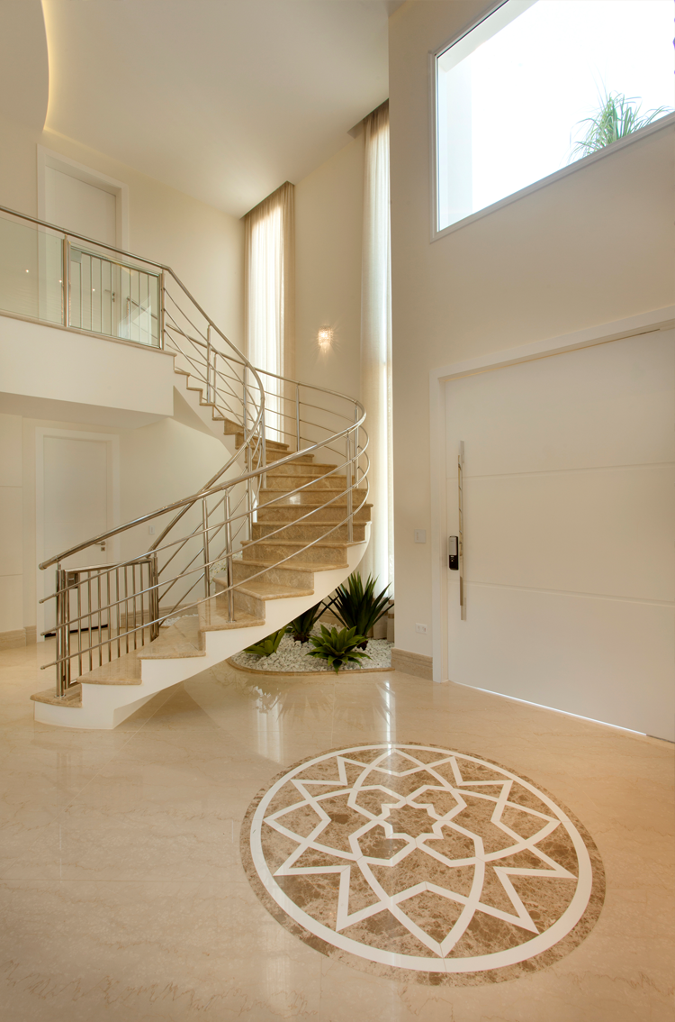 Casa com arquitetura e decora o contempor nea e cl ssica for Estilos de apartamentos