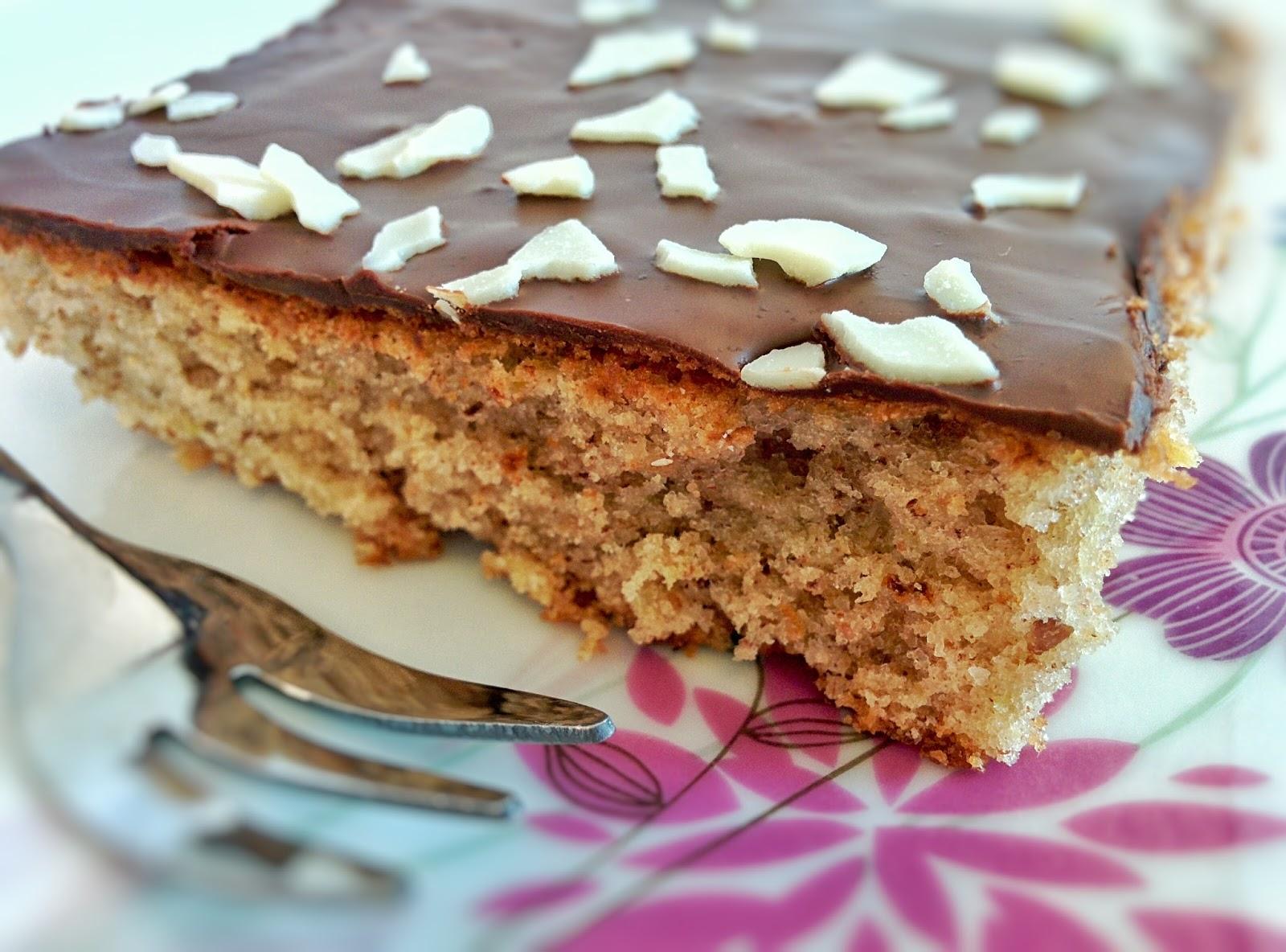 Tortchenbackerei Backen Verzieren Und Geniessen Saftiger Kuchen