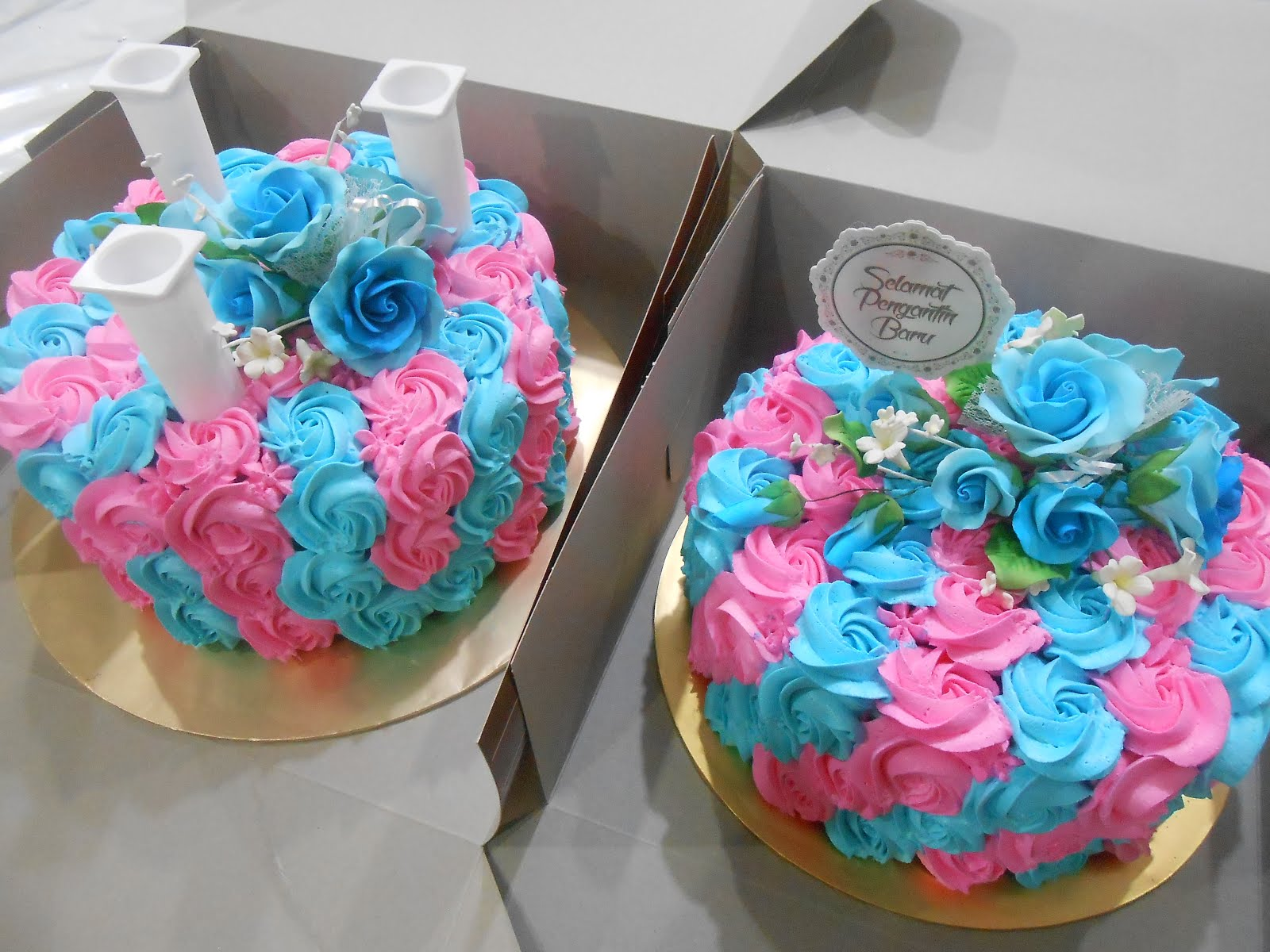 2 tiers roses cake