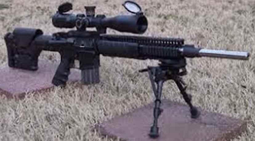 Gambar Senjata senapan serbu canggih SS2-V4 buatan Indonesia
