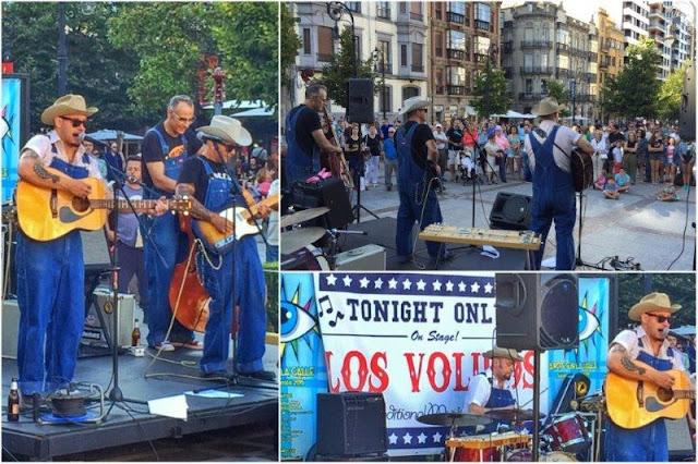 Los Volidos - Arte en la Calle en el Paseo de Begona de Gijon en el verano 2015