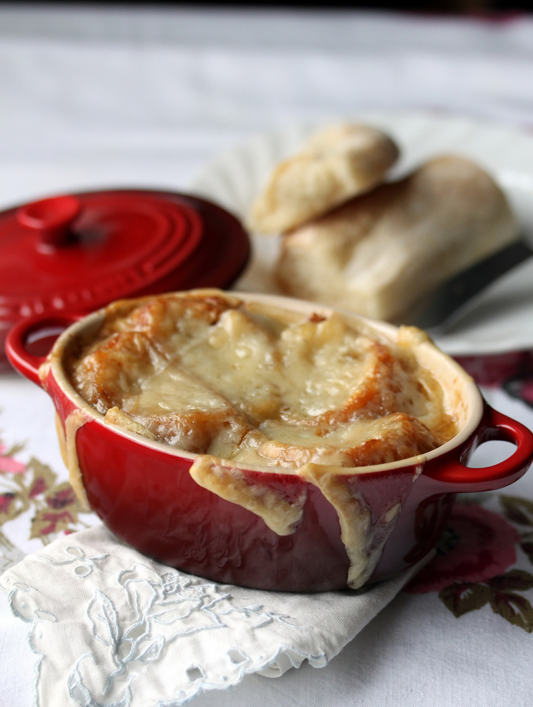 Twirl and Taste: The Secrets to perfect French Onion Soup . . .