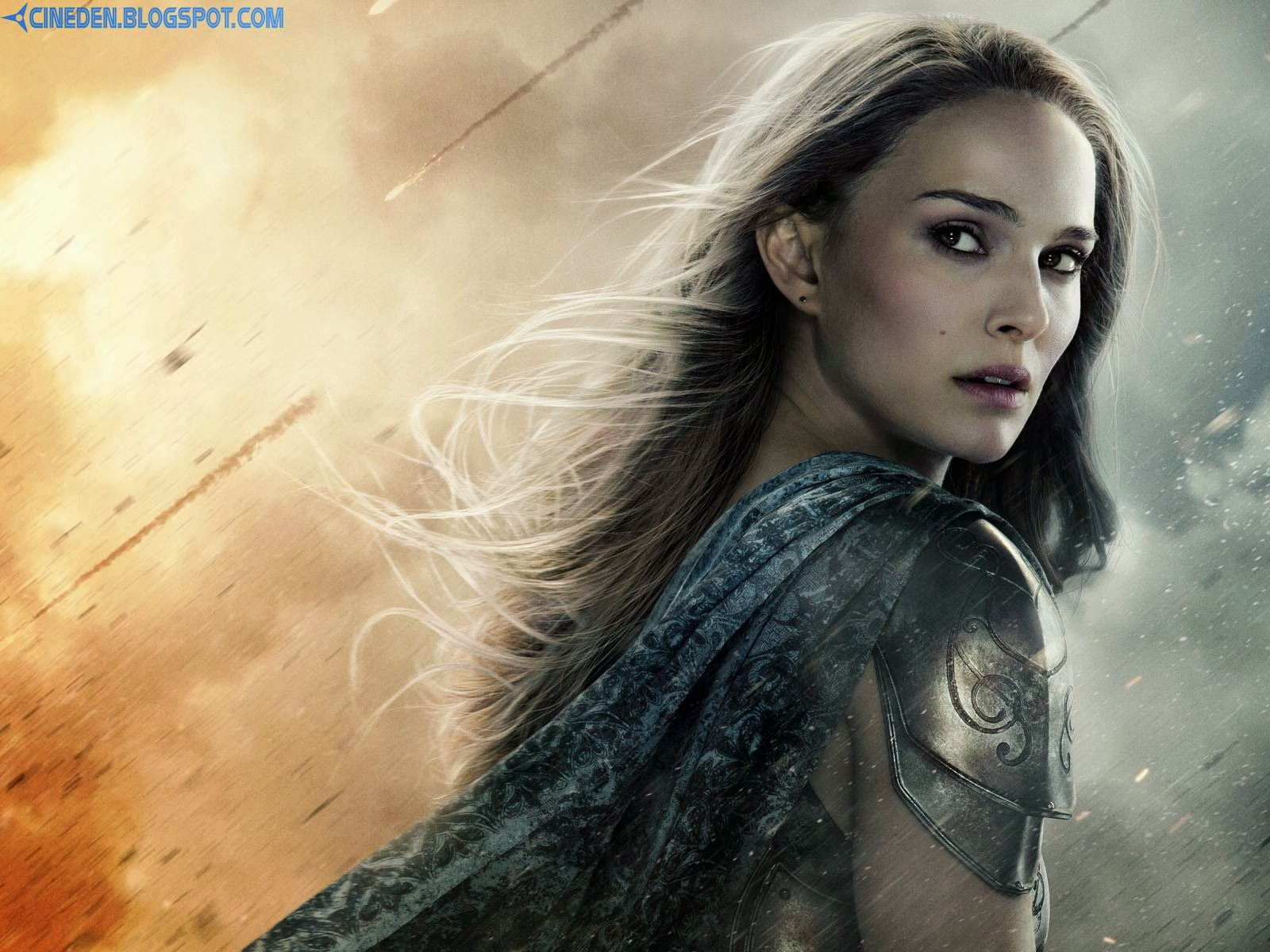 Natalie Portman gives son piggyback ride - CineDen
