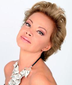 Paloma Cecilia San Basilio Martínez (Cantante)