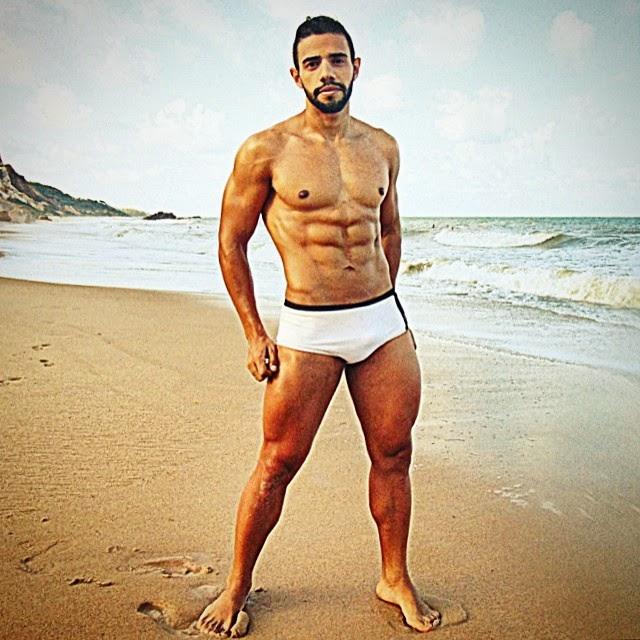 Wesley pratica musculação há nove anos e conquistou mais definição muscular Foto: Arquivo pessoal