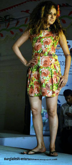 Bangladeshi fashion show picture