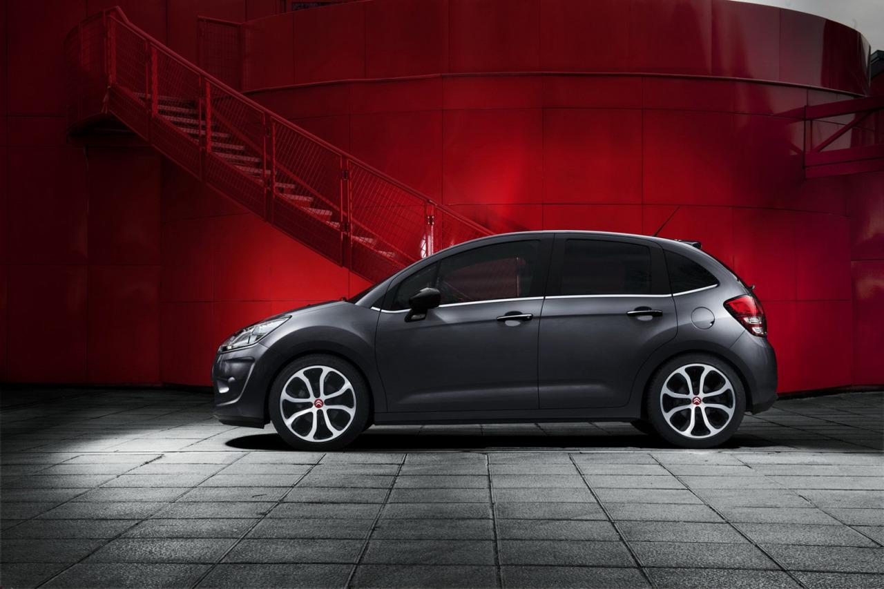 2012 geneva motor show citroen c3 red block garage car. Black Bedroom Furniture Sets. Home Design Ideas