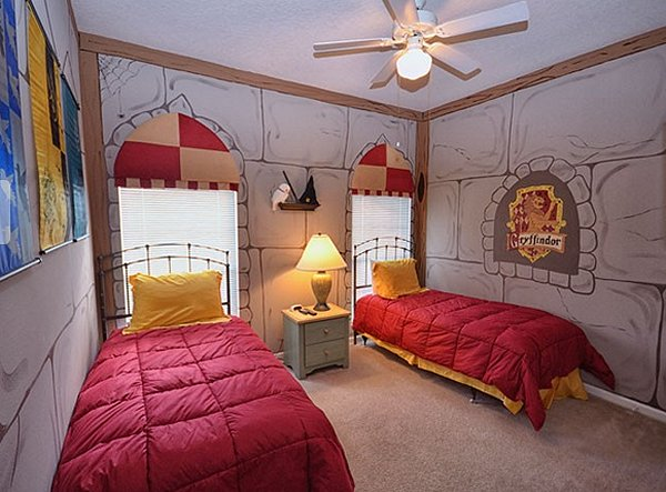 Decorating theme bedrooms maries manor hogwarts castle for Bedroom ideas harry potter