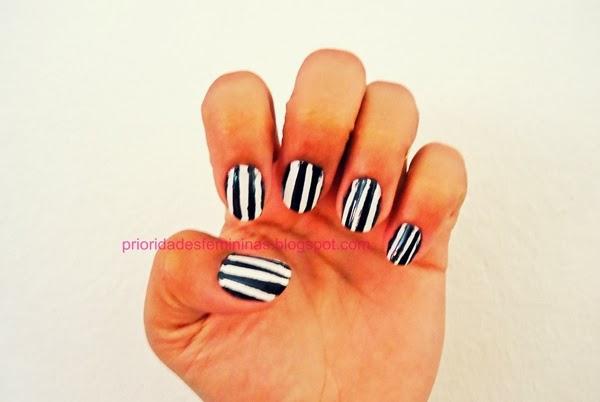 Unhas preto e branco, nail art