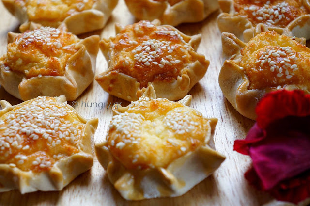 Cretan Cheese Pies