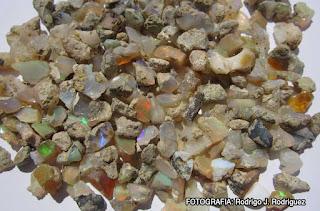 Opalo en bruto de Etiopia (Welo Opal)