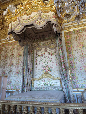 Marie Antoinette's bedroom inside Le Chateau de Versailles, french for The Palace of Versailles, just outside Paris, France www.thebrighterwriter.blogspot.com
