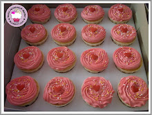 Pink swirl cupcakes