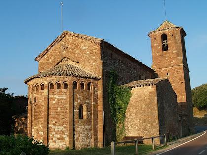 La part nord-est de l'església de Sant Martí del Brull