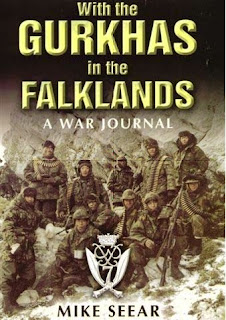 With the Gurkhas in the Falklands - Mike Seear