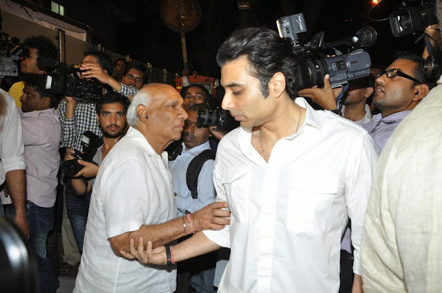 Uday Chopra With Yash Chopra