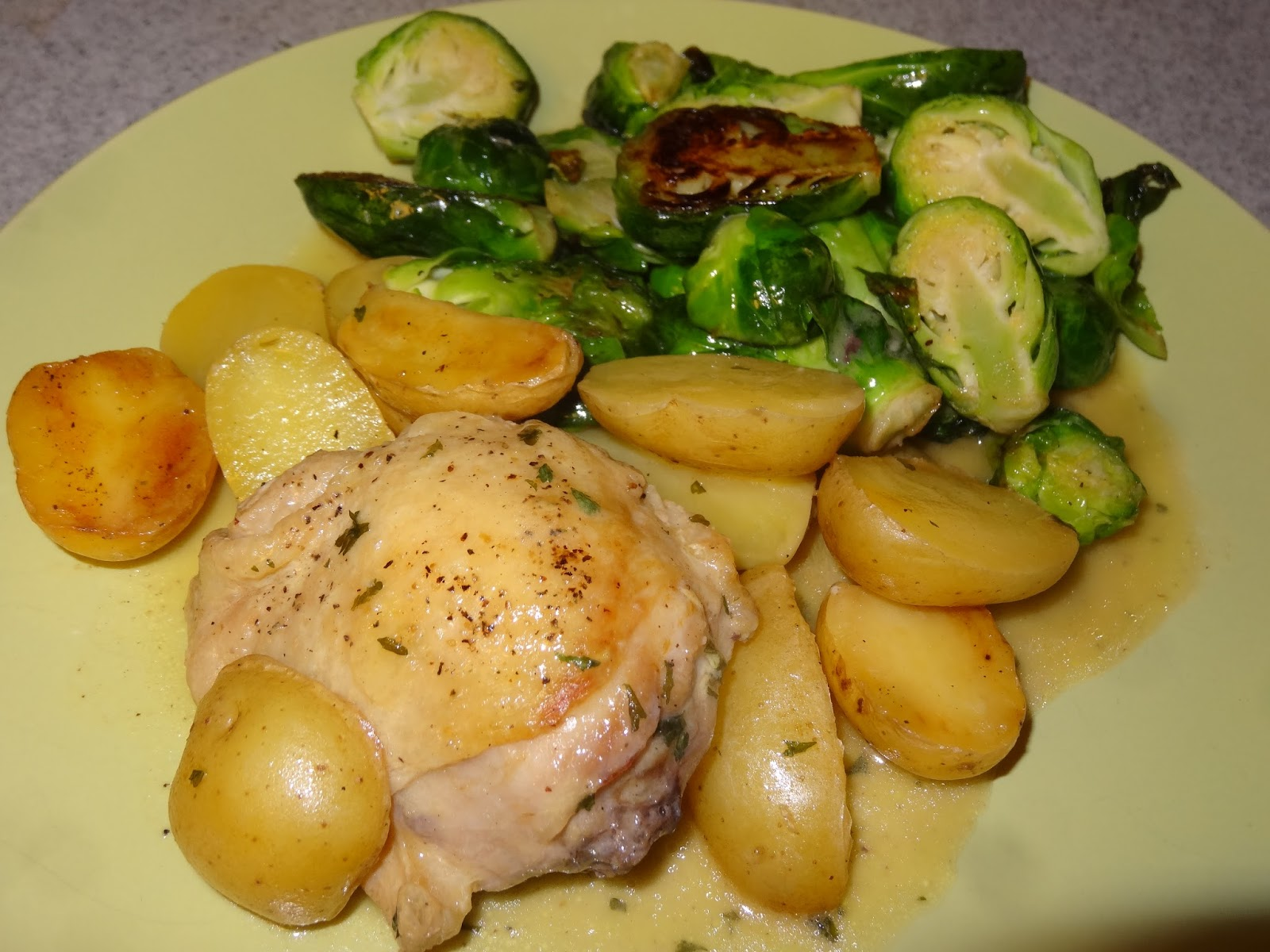 Roasted Chicken with Brussels Sprouts and Potatoes in ...