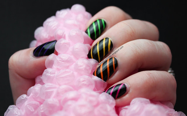 Nails4Dummies - Neon Stripes Tape Nails