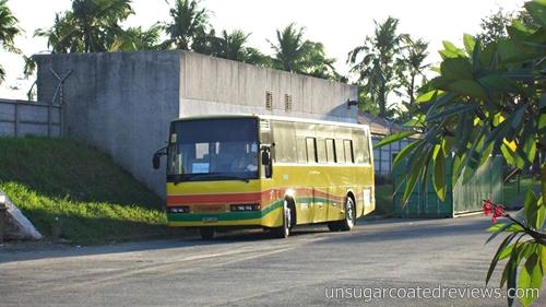 Manila Bay bus