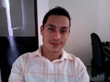 Marco Zetina Licenciado en Ciencias de la Comunicación