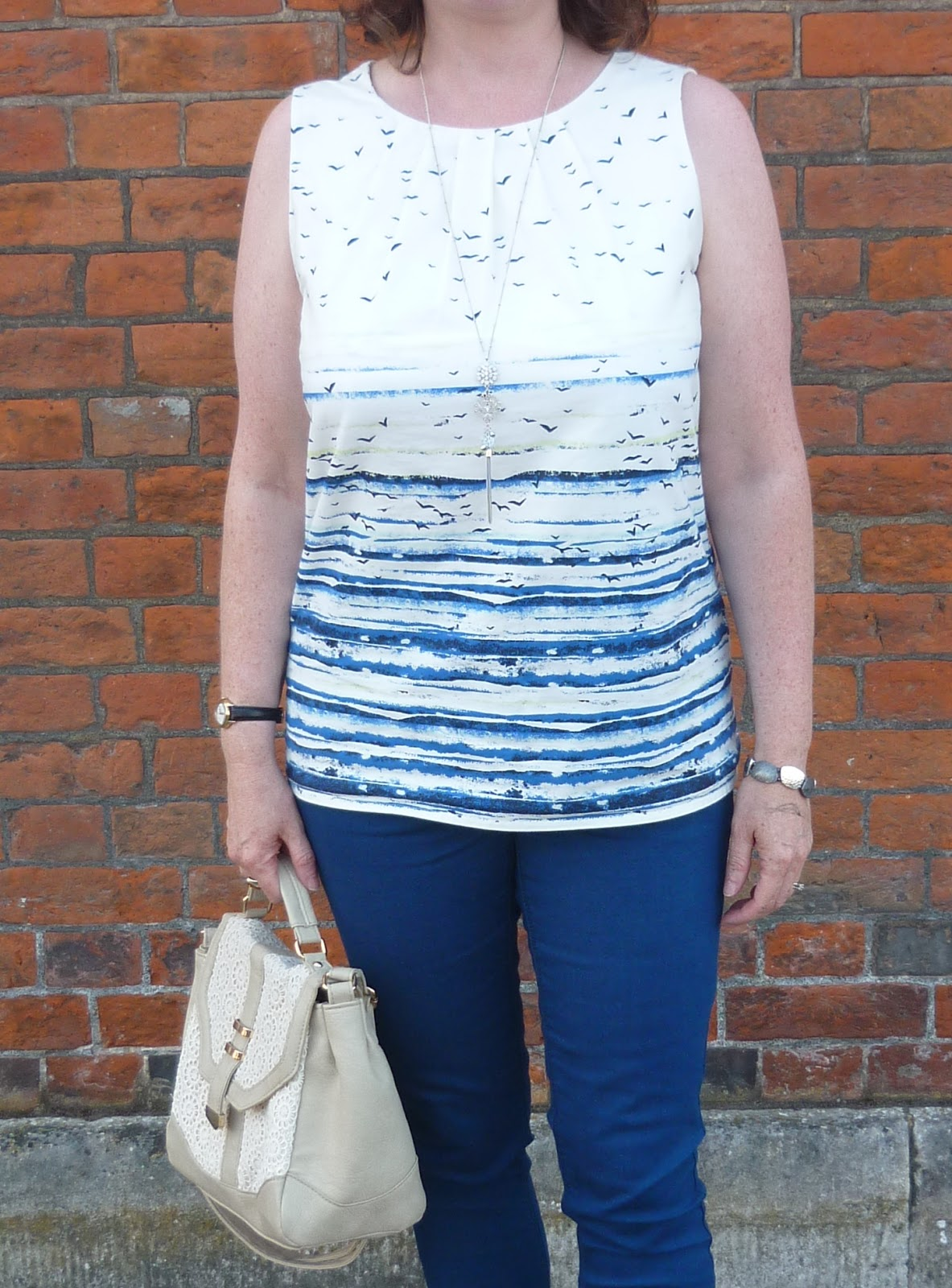 Seascape Print Top & Lace Detail Bag | Petite Silver Vixen