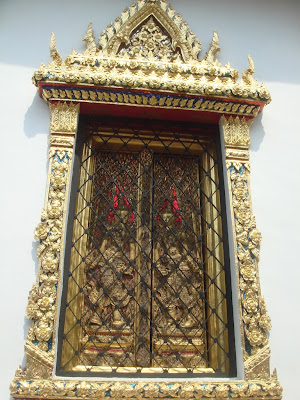 One of the many windows on the palace buildings, Bangkok
