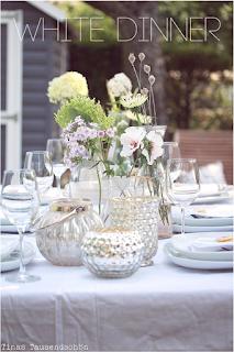 http://www.tinastausendschoen.de/2015/07/18/white-dinner/