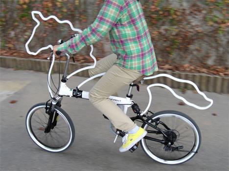 Dunia Dalam Gambar: Sepeda Lipat dan Sepeda Kuda